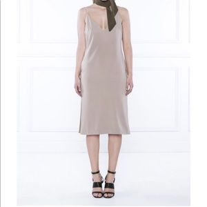 NWT Delphinethelabel The Payback Dress Size 8 US